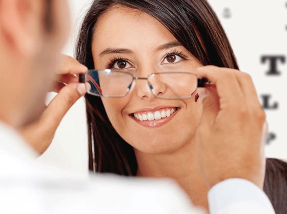 b15089dbf Eu já uso óculos de grau. Como fica meu problema de visão?